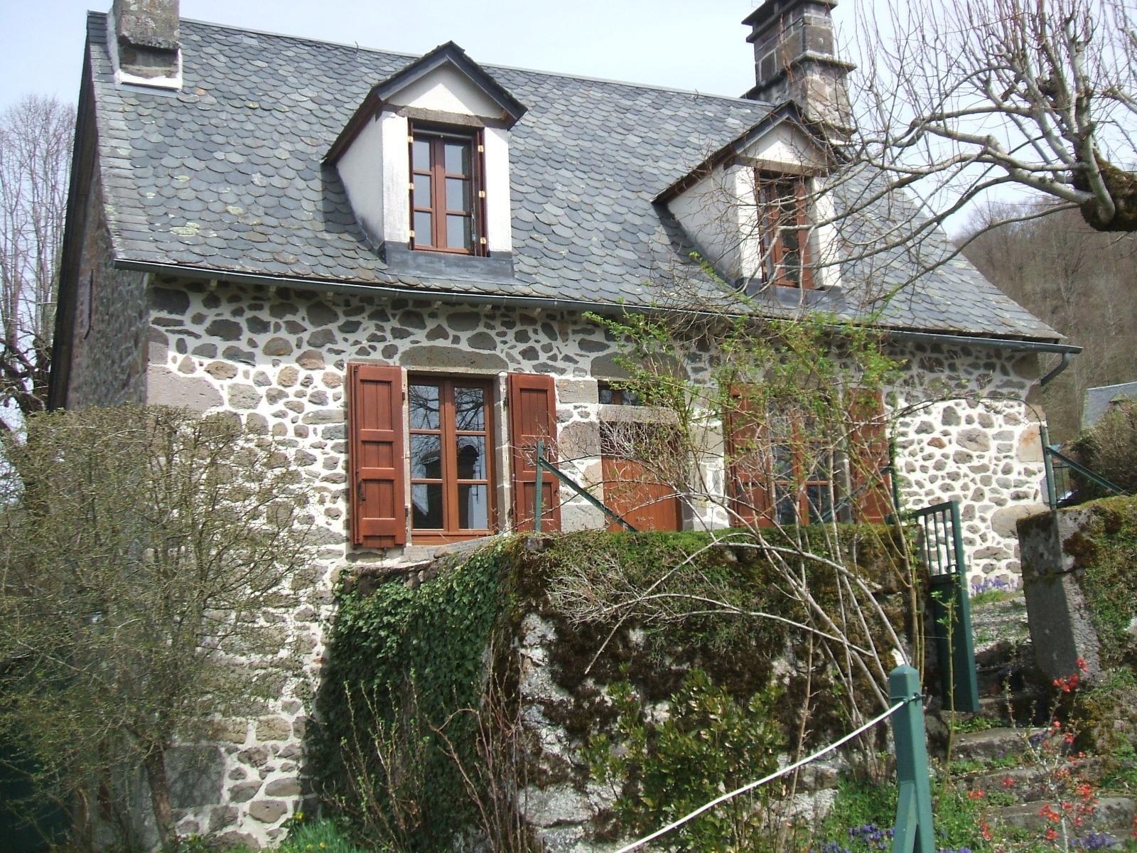 Vente maison typique 5 pi ces 80 m for Garage ad aurillac